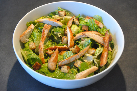Recette salade c sar au poulet menu by menu - Recette salade cesar au poulet grille ...